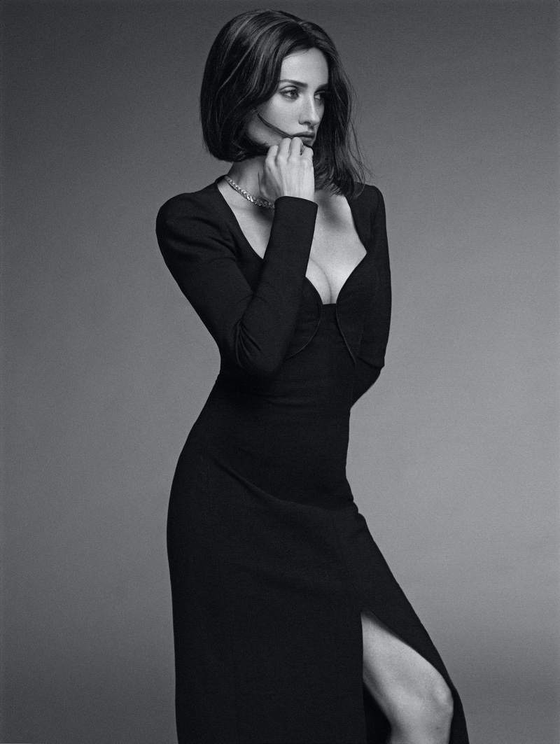 Wearing a little black dress, Penelope Cruz wows in black and white.