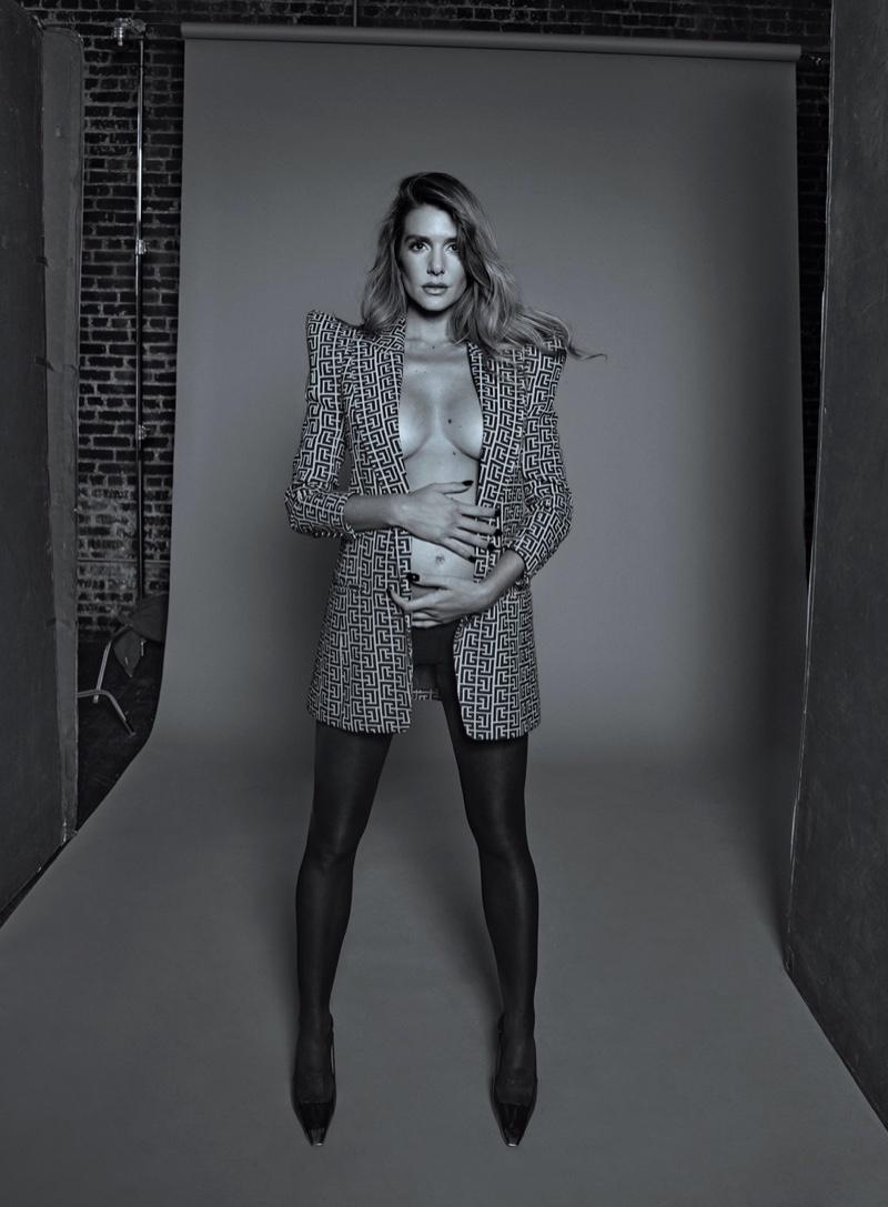 Model Valentina Ferrer poses in Balmain monogram blazer. Photo: An Le / Vogue Mexico