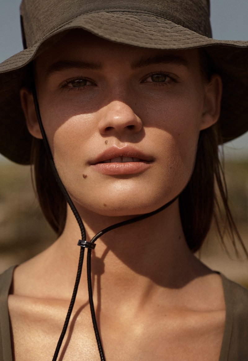 Elsemarie Riis gets her closeup in Massimo Dutti Natural Elements spring-summer 2021 collection.