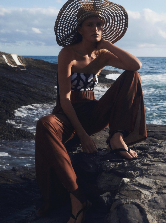 Max Mara Beachwear spring-summer 2021 collection.
