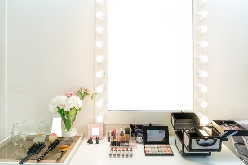 Mirror Vanity Setup Cosmetics Makeup
