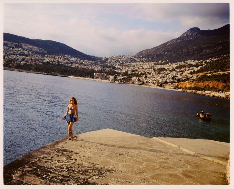 Olivia Vinten Poses in Getaway Fashions for Vogue Turkey