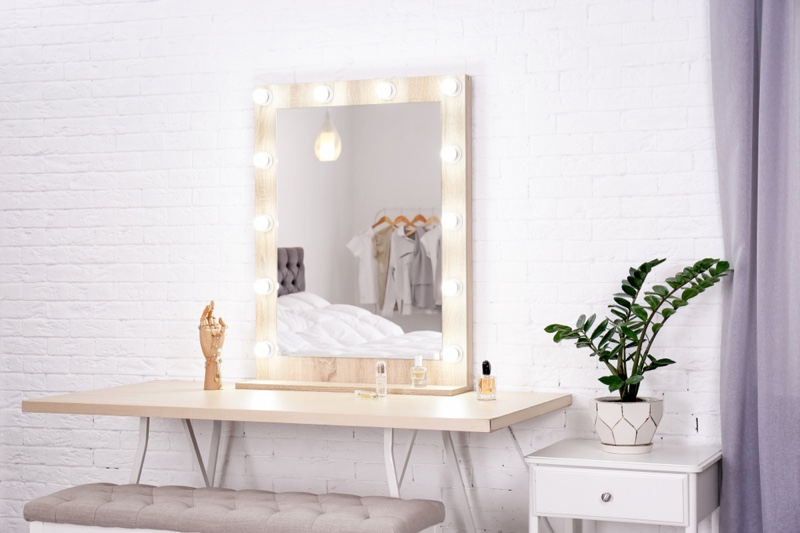 Vanity Mirror Interior Design
