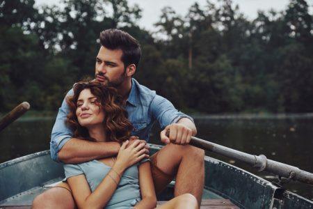 Couple Lake Boat Embrace Hug Love Romantic