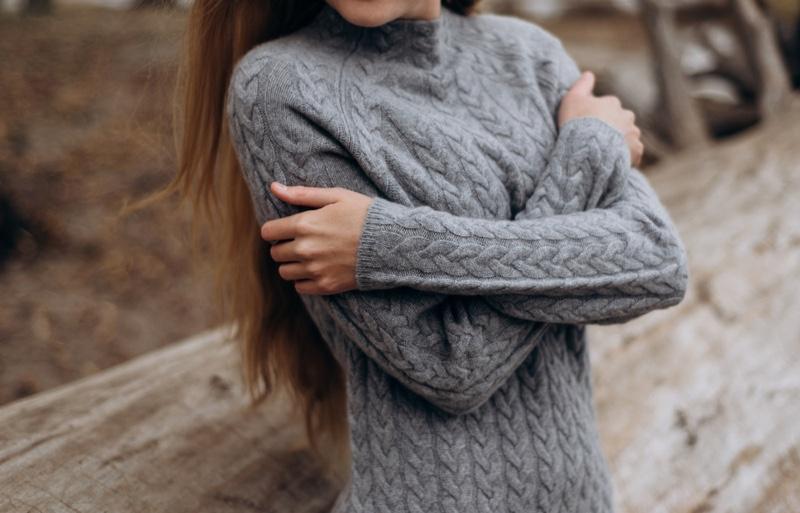 Cropped Woman Grey Sweater