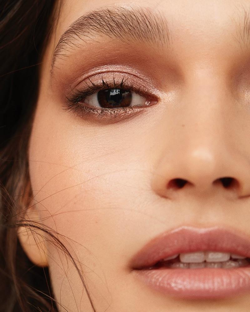 Olivia Palermo Beauty. Photo: David Roemer