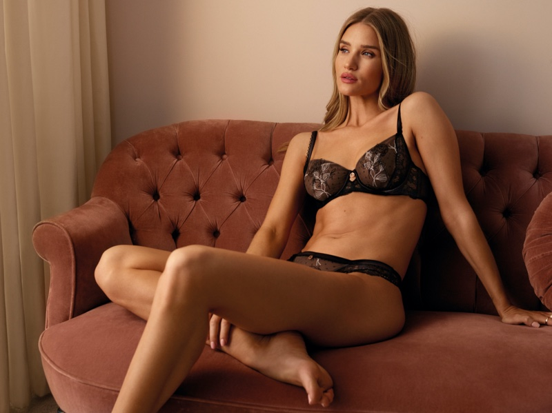 Lounging in a bra and panty set, Rosie Huntington-Whiteley stuns for Marks & Spencer lingerie collaboration.
