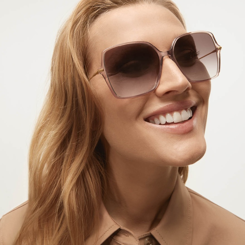 Toni Garrn poses in BOSS Eyewear 2021 campaign.