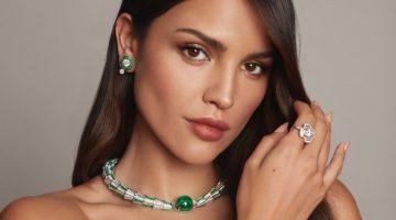 Actress Eiza Gonzalez wears Bulgari Magnifica Serpenti Crescendo necklace.