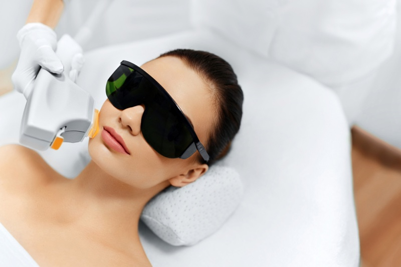 Model Laser Facial Therapy Glasses