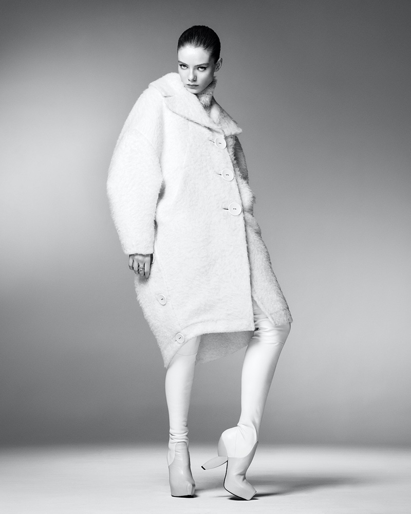 Steven Meisel photographs Ports 1961 fall-winter 2021 campaign.