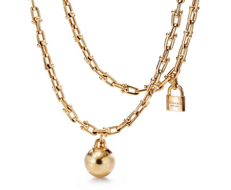 Tiffany & Co. Tiffany HardWear chain wrap necklace in 18k yellow gold.