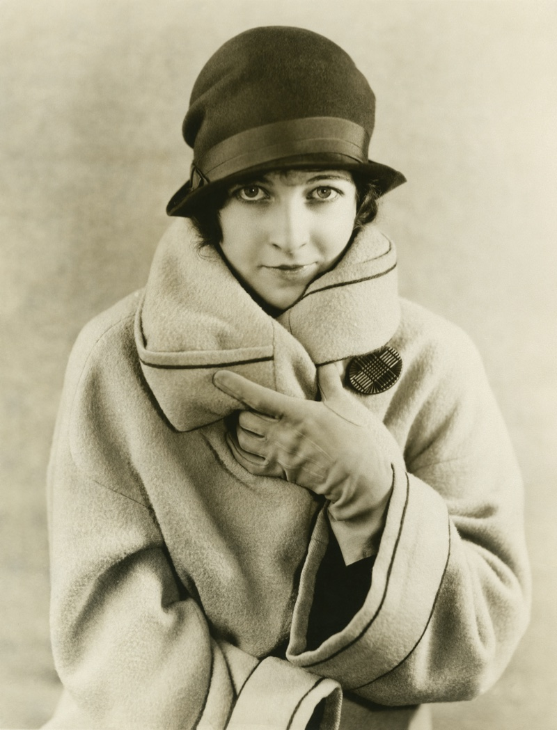 Cloche hats were a popular accessory of the decade. Photo: Shutterstock.com