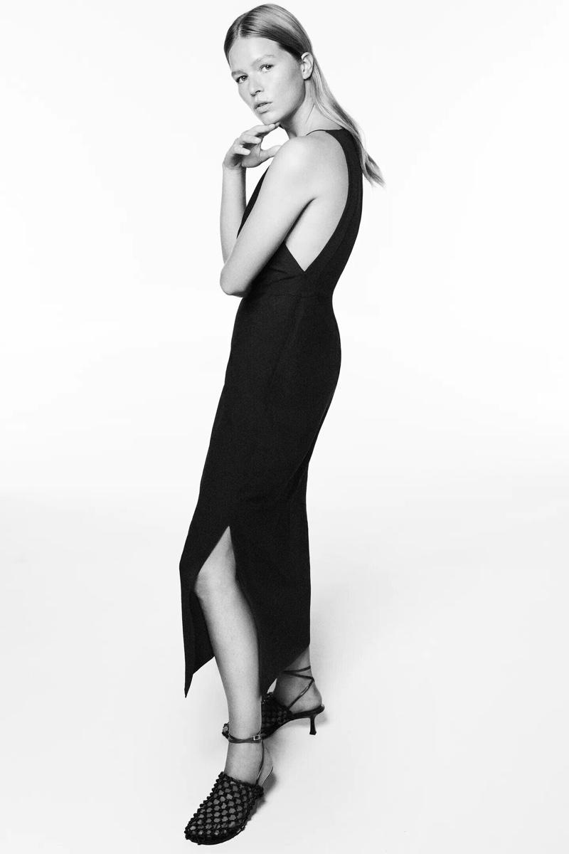 Anna Ewers models Zara Linen Blend Dress and Knotted Mesh Heeled Sandals.