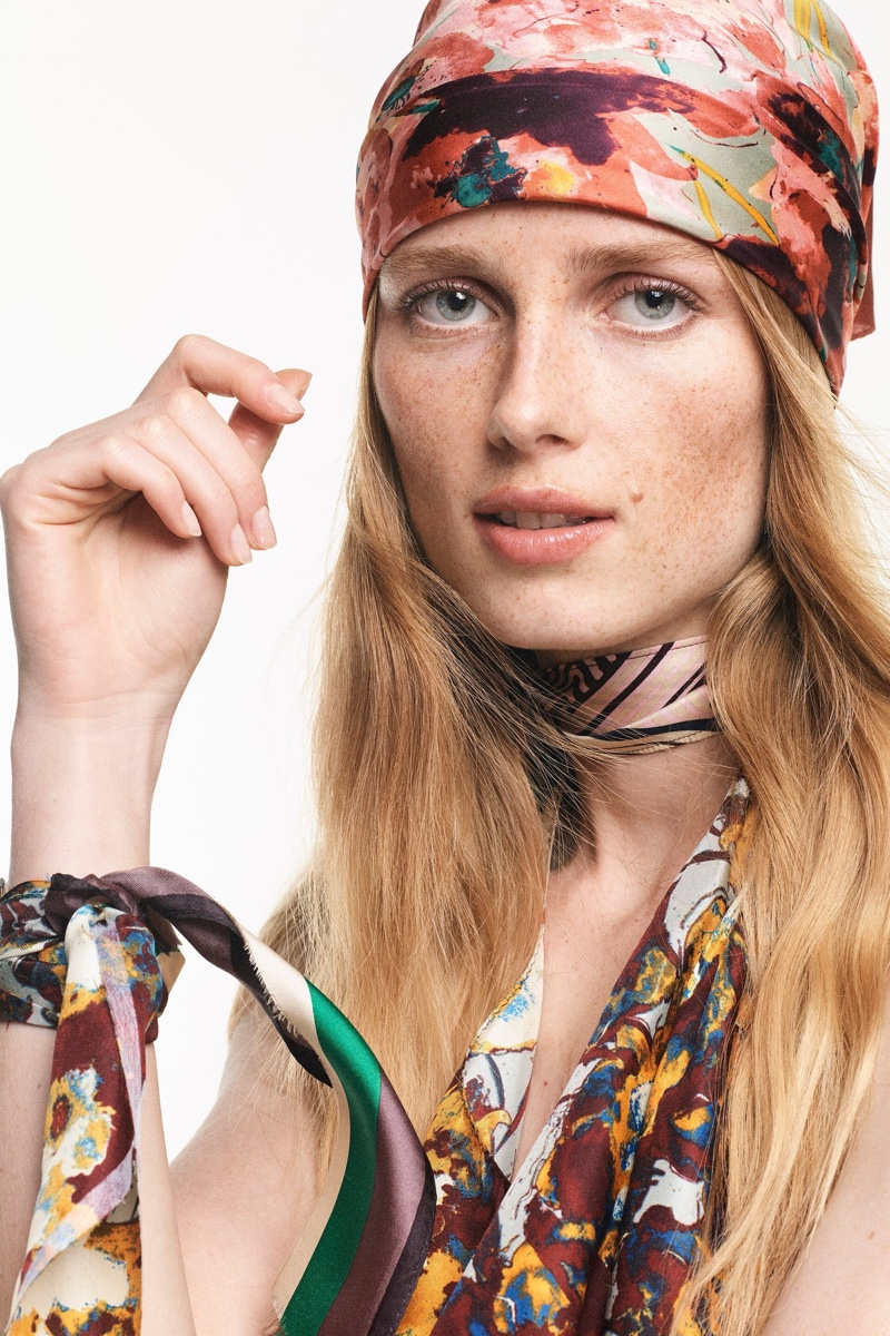 Zara unveils limited edition scarf collection for fall-winter 2021 season.