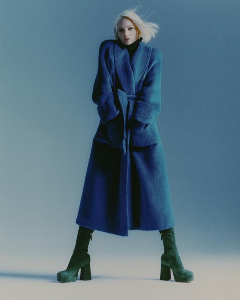 Model Fran Summers fronts Alberta Ferretti fall-winter 2021 campaign.