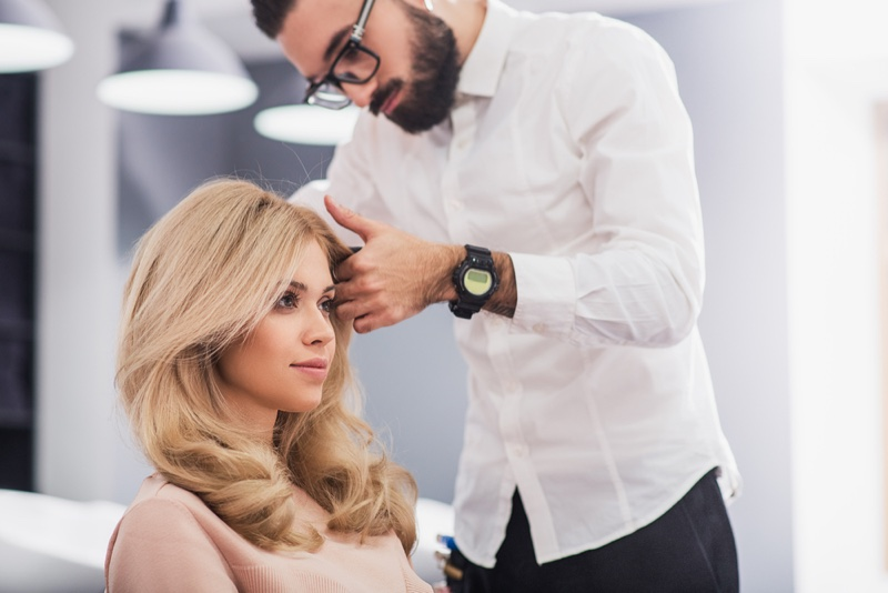 Blonde Woman Hairstylist Har Salon