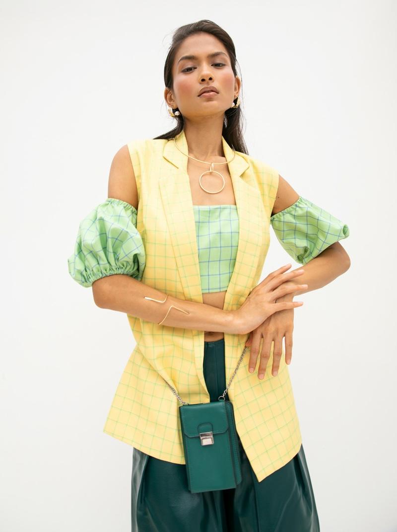 Bustier & Jacket Aniket Satam, Pants Do Nuts Honey, Jewelry Kaoaph & Bag Images. Photo: Kay Sukumar
