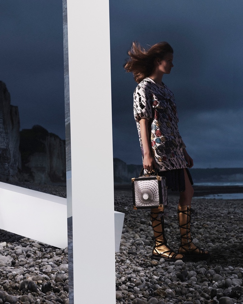 An image from Louis Vuitton's fall 2021 advertising campaign.
