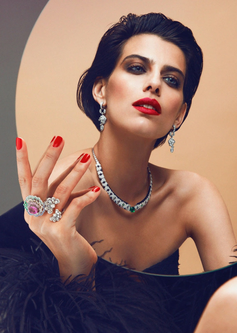 Margot Davy Sparkles in High Jewelry for SCMP Style