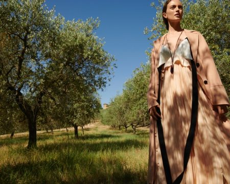 Maria Rosa Embraces Outdoor Fashion for ELLE Germany
