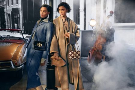 Sacha Quenby and Malaika Holmen poses for Tory Burch fall-winter 2021 campaign.