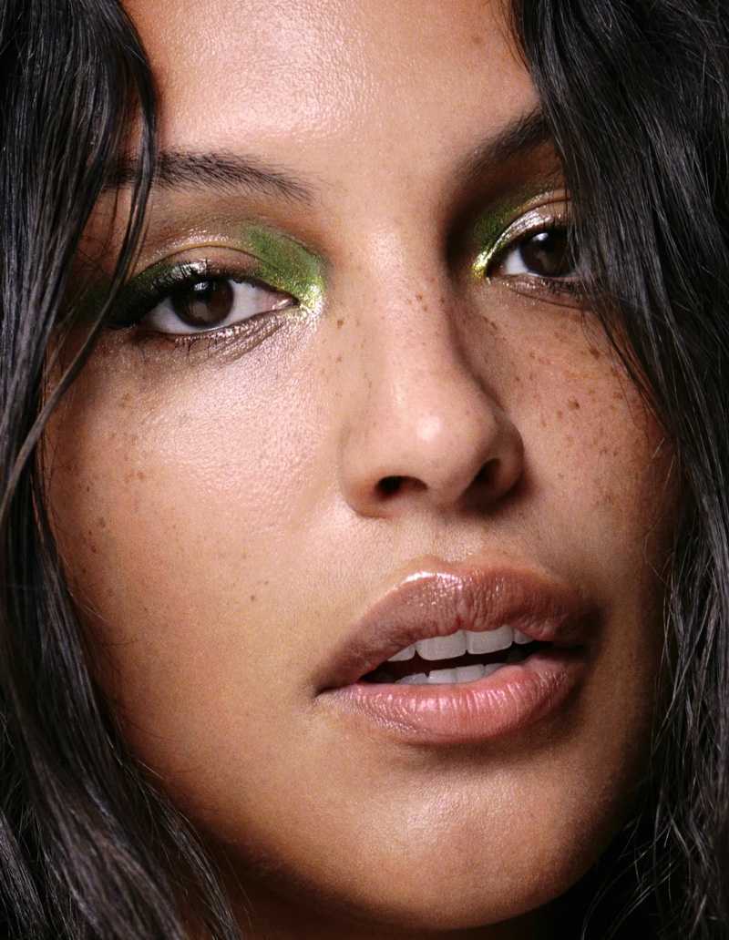 Paloma Elsesser gets her closeup in Zara Beauty.