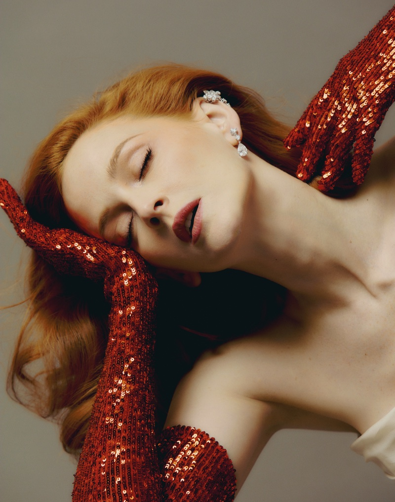 Ready for her closeup, Ana Palovasa wears The 2ND SKIN CO. red sequin gloves and Chopard jewelry. Photo: Javier Biosca / InStyle Spain