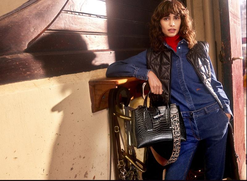 Longchamp unveils fall-winter 2021 campaign.