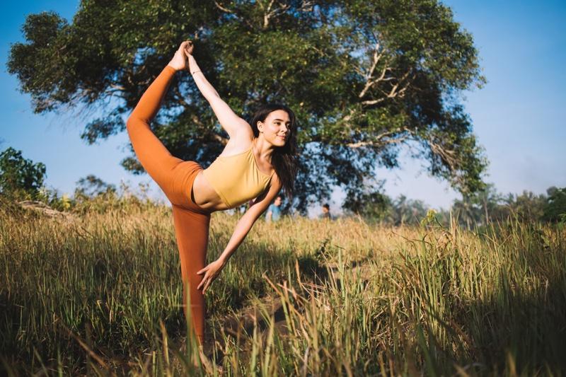 Woman Yoga Pose Bali Leggings Crop Top