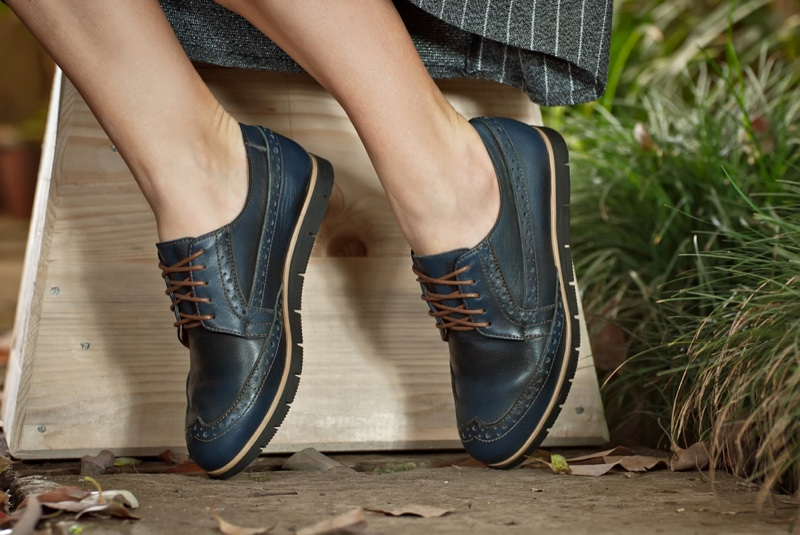 Black Leather Oxford Shoes Woman