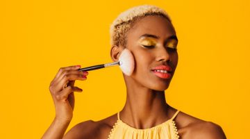Black Model Brush Makeup Yellow Eyeshadow
