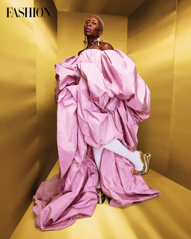 Dressed in pink, Cynthia Erivo wears Schiaparelli look. Photo: Royal Gilbert / FASHION