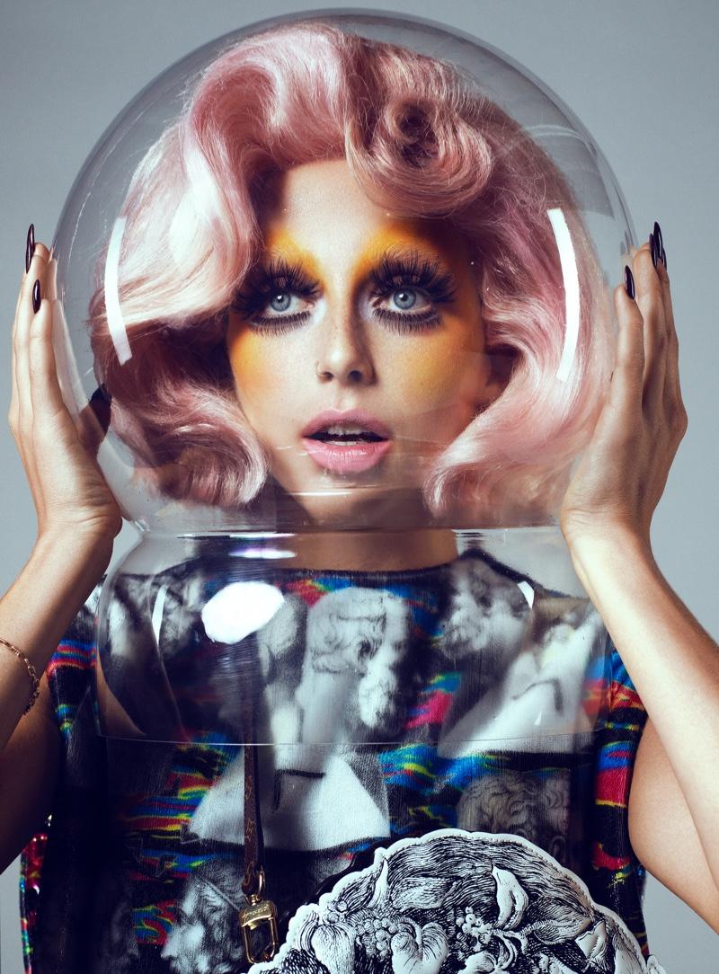 Wearing a pink hairstyle, Emma Chamberlain gets her closeup. Photo: Domen & Van de Velde / Courtesy of V Magazine