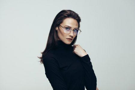 Model Eyeglasses Black Turtleneck