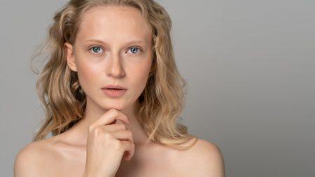 Model No Makeup Look