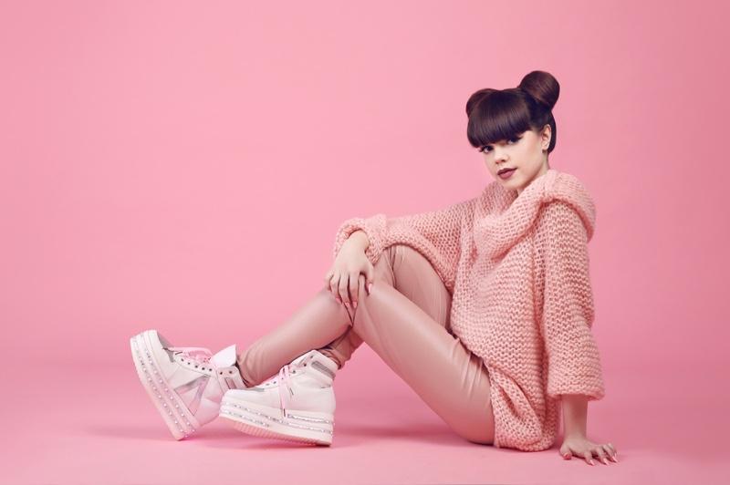 Model Pink Sweater Chunky Platform Sneakers
