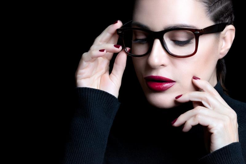 Woman Square Eyeglasses Red Lipstick