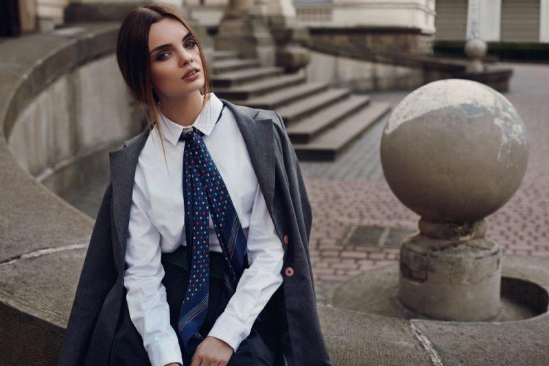 Woman Wearing Tie Menswear Inspired Look