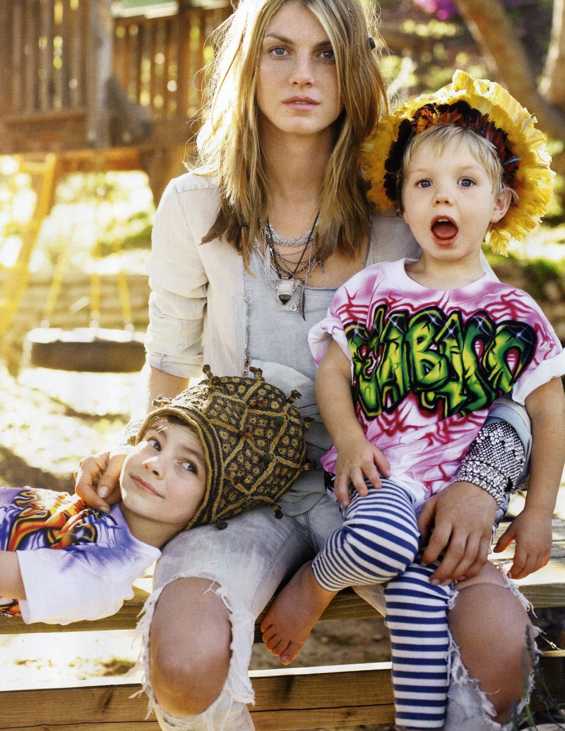 Fashion for young moms 90